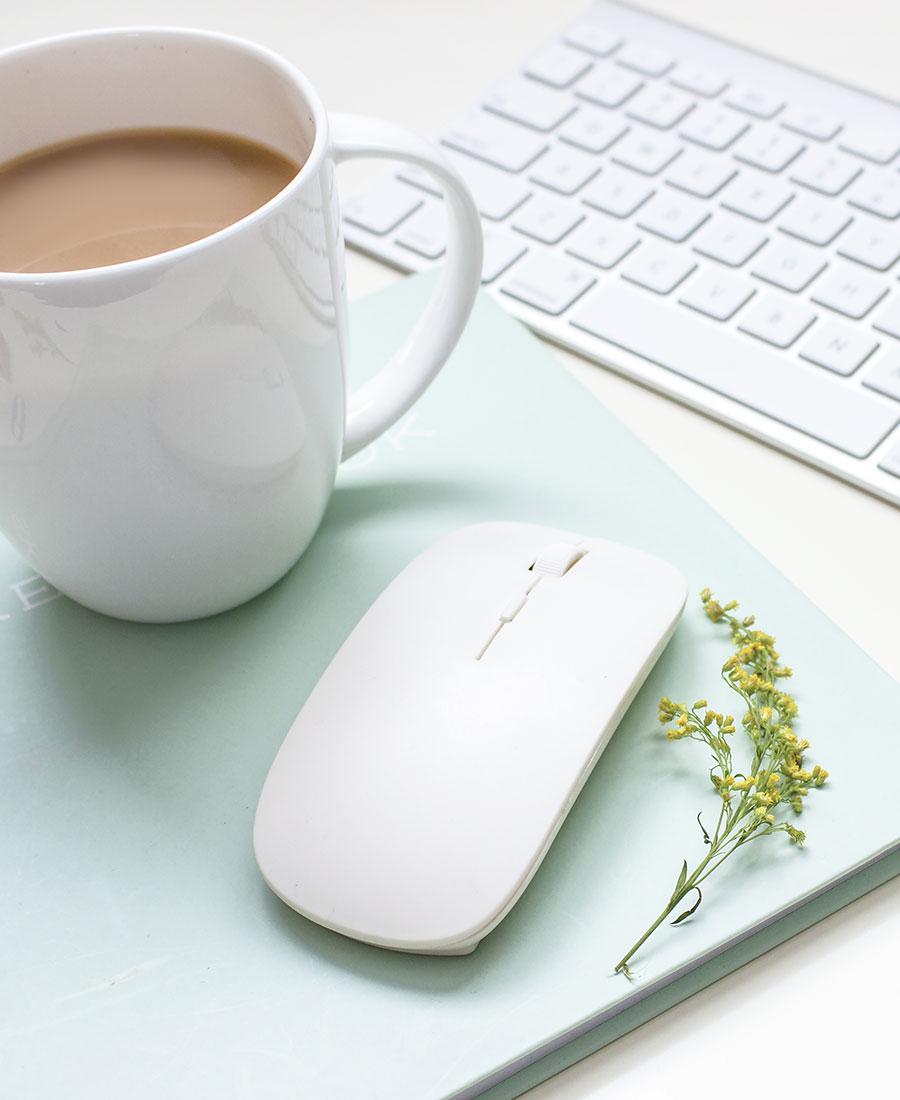 Mes conseils et mes astuces dans votre boîte mail ! Pour créer une présence web positive, marquante et efficace.